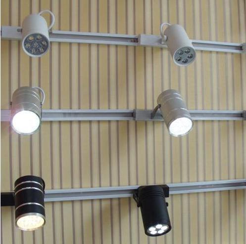轨道灯安装效果图